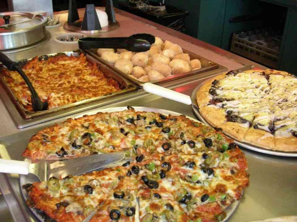 Family Night Pizza Buffet